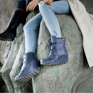 🆕 SOREL x Free People blue wedge rain boots